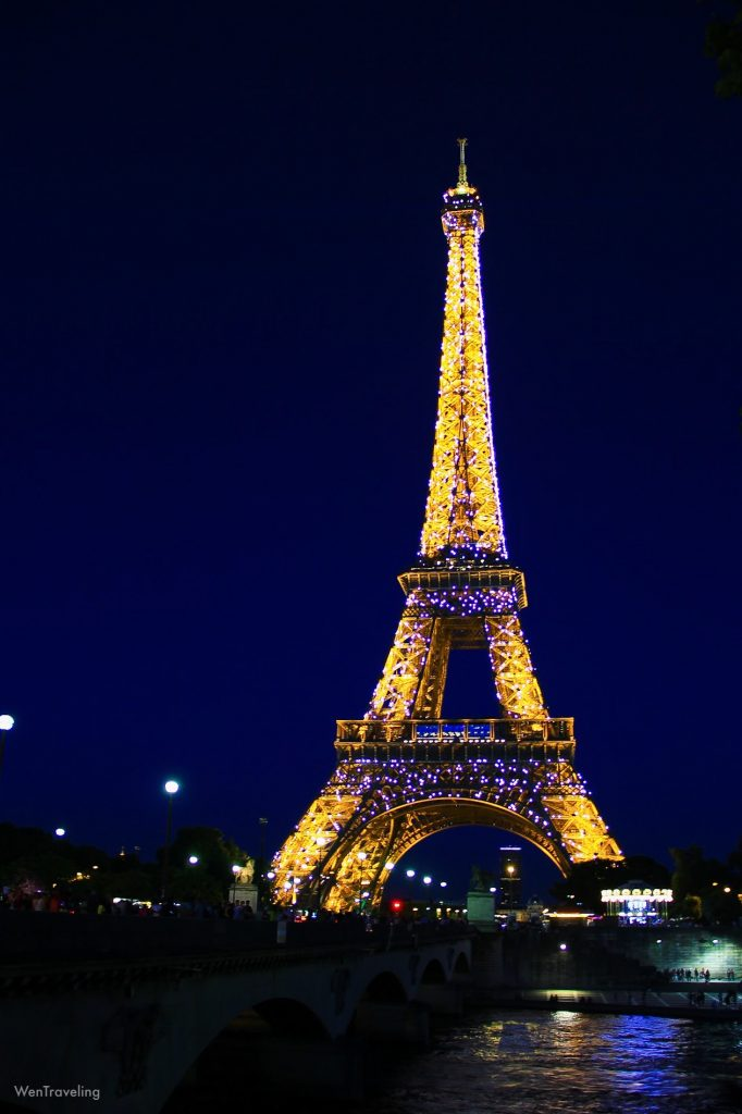 eiffel tower night view (1)