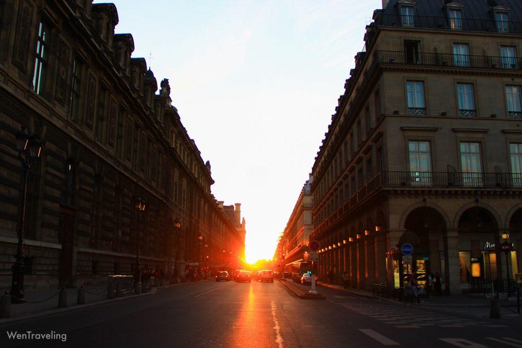 evening behind Musée du Louvre